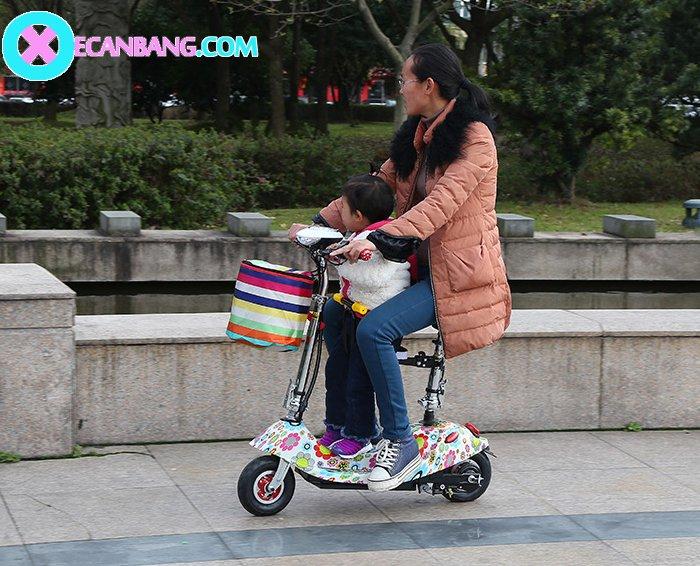 Xe điện E-Scooter mini dùng pin 24V có yên cho bé 8