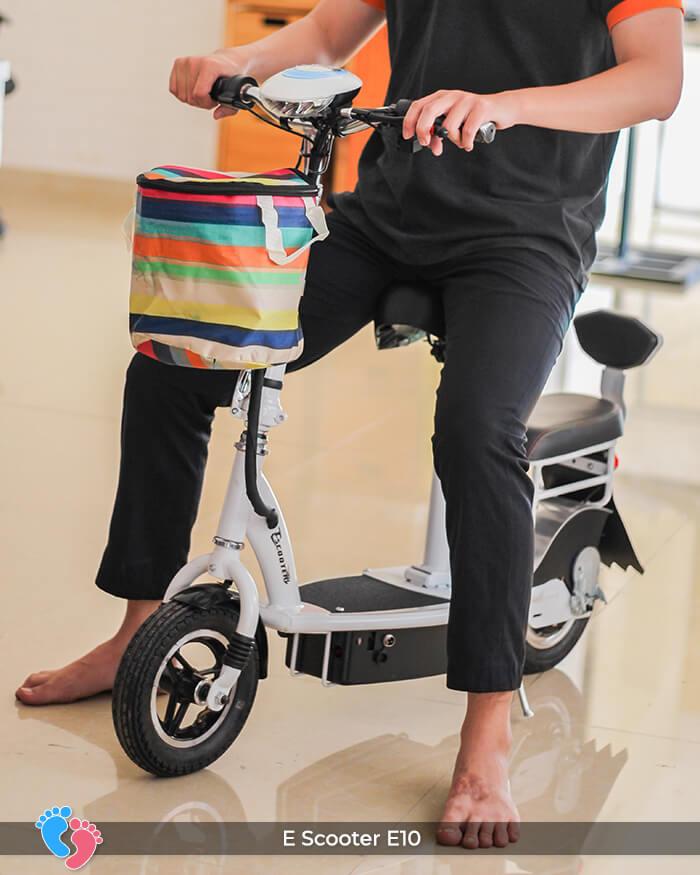 Xe điện E-scooter mini E10 bánh 10 inch 4